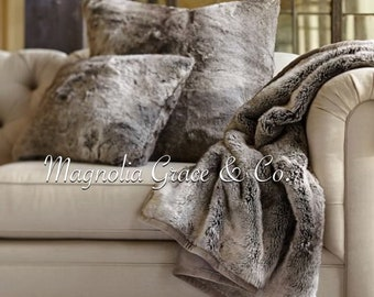 """Ombre Faux Fur Throw Pillow 20""""x20"""" *insert included*"""