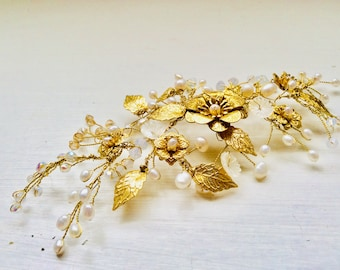 Bridal accessories, wedding accessories, hair accessories, gold, flowers, hairpiece, hairvine, organic, flowers, boho