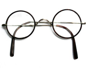 Antique round eyeglasses with faux tortoise shell frame, Men model, Vintage 1930s