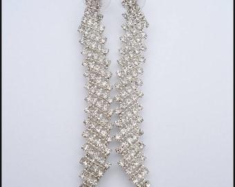 Vintage Art Deco Style Duster Crystal Rhinestone Earrings
