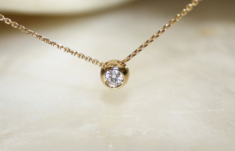 Solitaire diamond and 18k yellow gold necklace bezel set zoom mozeypictures Images
