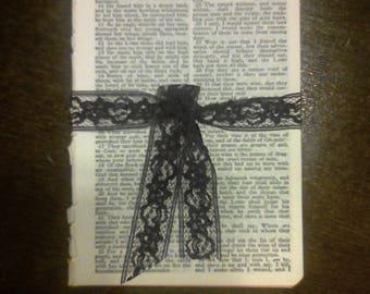 25 Vintage Bible Pages*1975*ephemera*junk journal*faith journal*scrapbook*book pages*bible pages*prayer journal*journal*bible art*planner