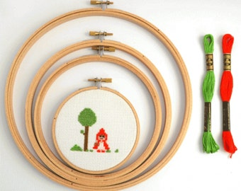 12 Inch Wooden Embroidery Hoop - Volume Discount Cross stitch supplies- Large Wooden Hoops - 30 cm embroidery hoops