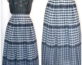 Vintage 1950s Black and Gray Plaid  Cotton Pleated Skirt 25 Inch Waist