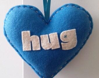 Aime faire un câlin - décoration de coeur amour bleu vif