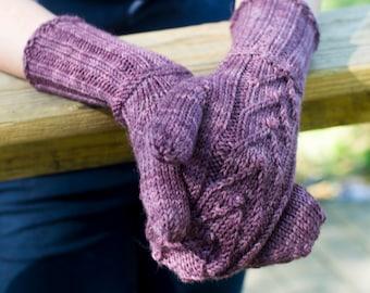Smitten Mittens, Knitting Pattern / Mitten Pattern / Dk Weight Mitten Knitting Pattern