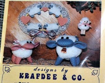 Stuffed Animal Pattern  Lambs 'N Lace Large & Small Lambs