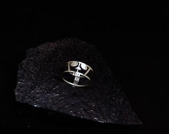 Silver skull ring, Modern skull ring, Skull jewelry, Skull ring gift, Sterling skull ring, Halloween skull ring, Halloween ring silver gift
