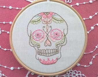 "Embroidery KIT -  embroidery hoop art - ""Skull"" - Traditional embroidery kit"