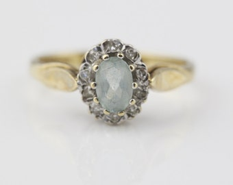 9ct Gold Blue Apatite and Diamond Chip Cluster Ladies Ring Size UK M 1/2  and US 6.50 Hallmarked 1988