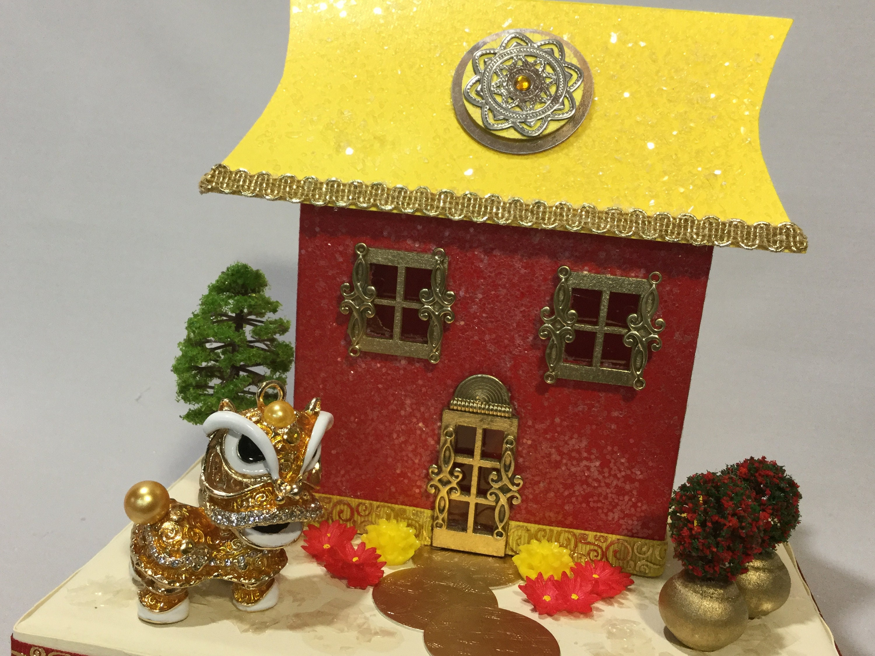Chinese New Year Decoration, Chinese Putz House, Red And Gold,