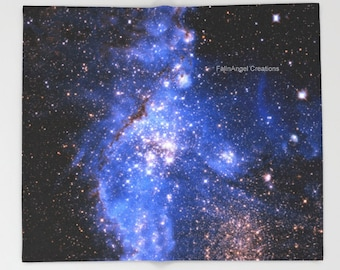 Blue Embrionic Stars Throw Blanket