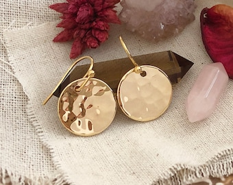 Hammered Gold Disc Earrings / Boho Gift for Her, Geometric Round Gold Earrings / Bohemian Trendy Modern Earrings