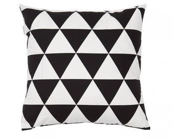 Triangle cushion cover 40x40
