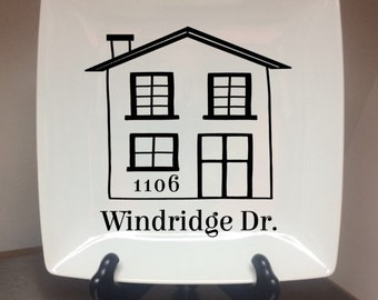 FAMILY HOME -- HOUSE - Family Name w/ Established date ||  Decorative plate || anniversary || housewarming || wedding gift