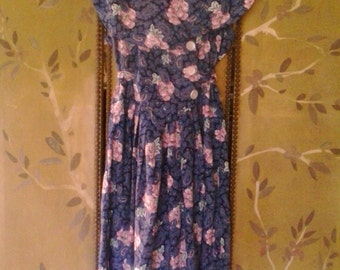 80s blue paisley and pink rose sleeveless dress by E.D.Michaels Petites
