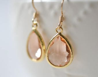 ON SALE Bridesmaid Jewelry Set of 5 Peach Champagne Teardrop Earrings in Gold