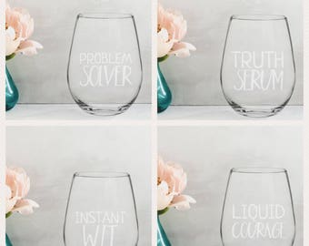 Bridal Party Gift | Personalized | Wine Glass | Gift | For Women | Girls Night | Bridal Party | Women's Birthday | Wine Party Favors |