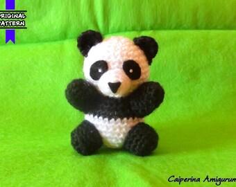 Panda - amigurumi - keychain