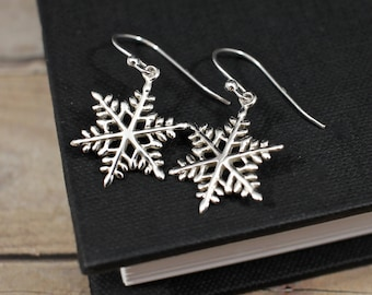 Sterling Silver Snowflake Earrings, Snowflake Jewelry, Winter Wedding Earrings, Winter Earrings, Holiday Earrings, Christmas Earrings
