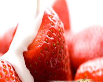Strawberries & Cream Diffuser N Reed Oil - Refreshing ripe, juicy strawberries dolloped with a touch whipped cream -By Oakland Gardens