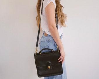 Leather Coach Bag // Vintage Shoulder Crossbody Handbag Purse 90's Fashion Black
