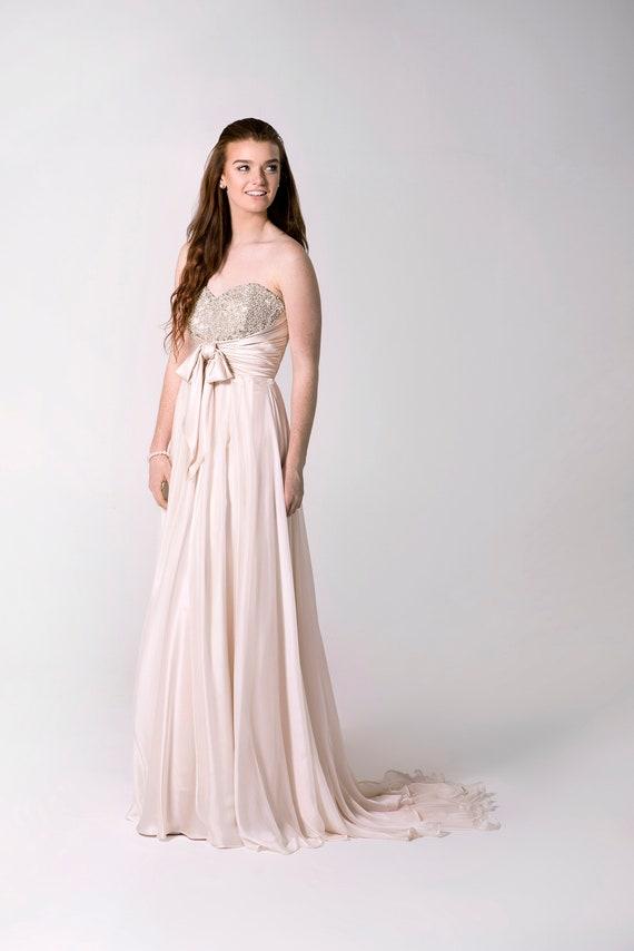 Niedlich Erröten Hochzeitskleid Bilder - Brautkleider Ideen ...