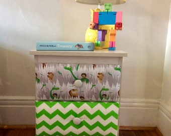 Cute and fun bedside table