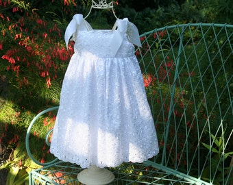 Flower Girl Dress  only 1 more available sizes 1,2,3,4 or 5.