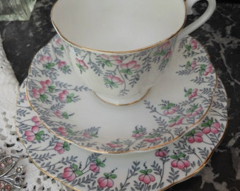 SALE- ROYAL ALBERT Tea Set - 1930's - Ex con - 'Rosedrop' - Vintage Trio - English bone china - Tea set - Afternoon Tea - Roses - Gift boxed
