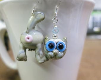 Gray Tabby Cat Butt Face Lampwork Bead Earrings