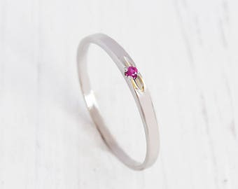 Ruby ring, White gold ring, Ruby solitaire ring, Solitaire ring, Dainty ring, Small ring, Promise ring, Minimalist ring, Delicate ring