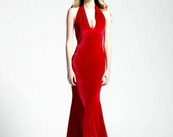 The Ultimate Holiday Dress, Scarlett Kiss