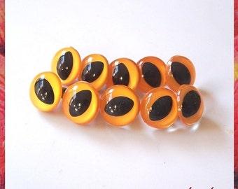 15mm Mango yellow cat dragon lizard fish eyes