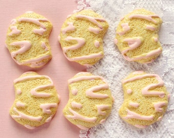 6 Pcs Pink Sugar Cookie Cabochons - 23x20mm