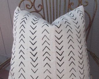 Authentic  African Mud cloth pillow cover  white black  mini arrows-chevrons