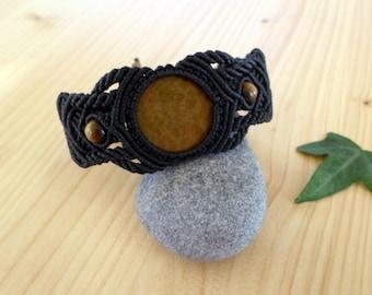 Tigers eye macrame bracelet, macrame stone, gemstone bracelet, tigers eye jewelry, hippie bracelet, macrame jewelry, tribal bracelet