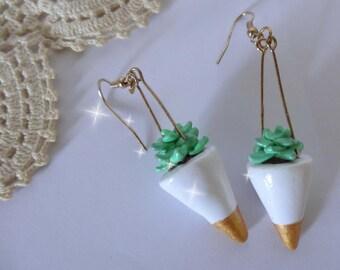 Hanging Plant Earrings, miniature succulent, wearable planter, small cactus, mini plant pots, geometric earrings,terrarium jewelry,