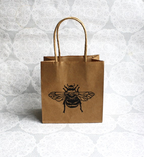 Best Bumble bee gift bag | Honey bee | one small kraft paper bag  KT39