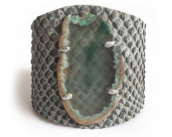 Leather bracelet cuff with agate forest green