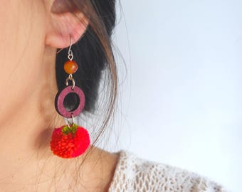 Handmade  ethnic boho earring with wood circle and mix color pom pom