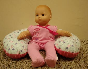 Mini Pretend Nursing Support Pillow for Dolls