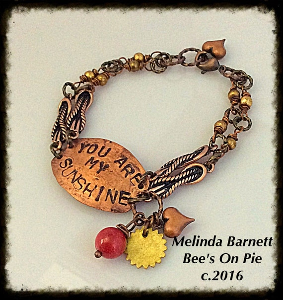 You Are My Sunshine #BeesOnPie #QueeneBead