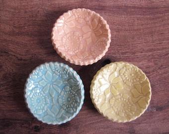 SALE  wonky round dishes, Ring dish Birthday favor, ceramic wedding favor, candle holder, teabag holder