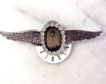 Airship Commander's Pin - Tintype Photo & Steampunk Style : Wings and Gears