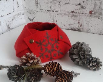 Tidy, basket, organizer, desk, basket, storage of red wool felt and snowflake