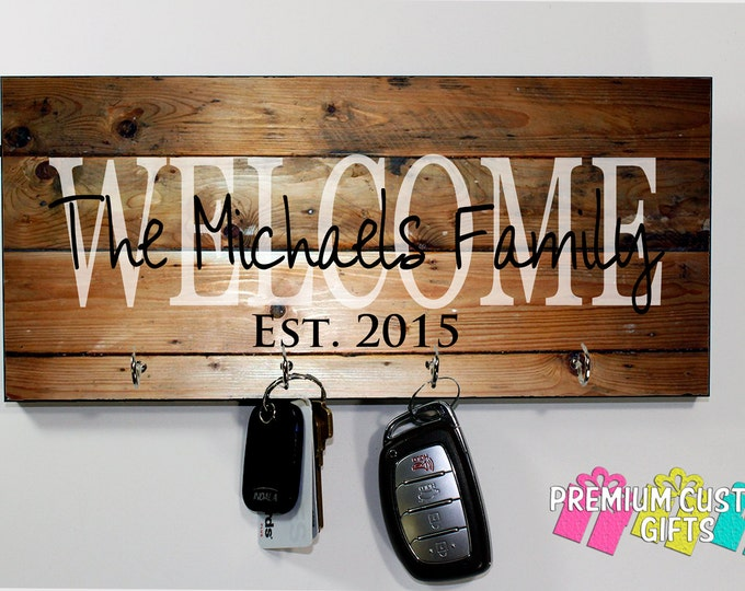 Welcome Family Name Key Hanger - Wedding, Holiday, and Anniversary Gift - Personalized MDF Key Holder - Housewarming Gift - Design #KH143