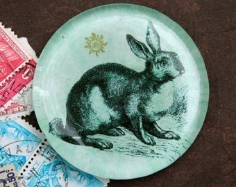 Le Grand Lapin Glass Paperweight - The Large Rabbit