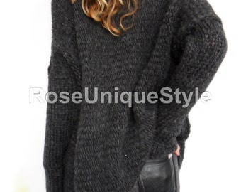 Oversized , Chunky knit woman  sweater. Slouchy/Bulky / Loose knit sweater. Black/ Charcoal grey.