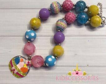 Easter Showcase - Easyer Basket necklace